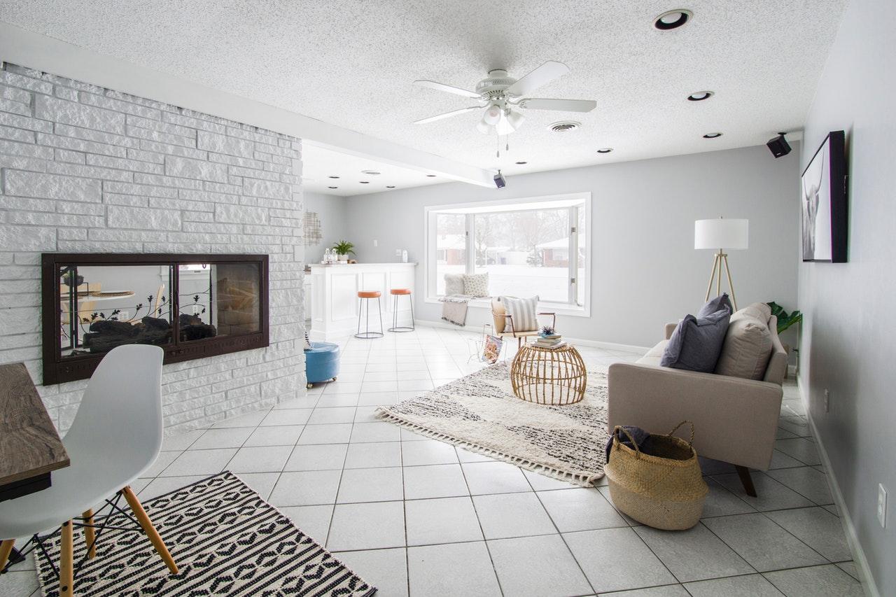 Jakie czynniki wpływają na cenę mieszkania?